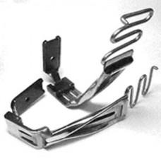 Приспособление KHF-28 (5/8x5/16) для настрач.тесьмы на 2-х игольн.машине 3/16